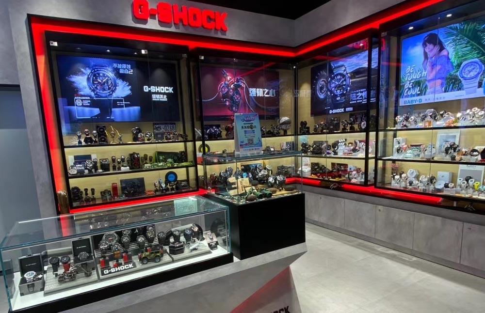 glass showcase display